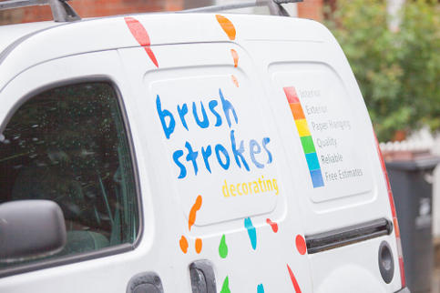 brush-strokes-decorating-domestic-painter